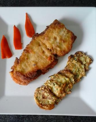 110-lenguao-relleno-de-gambas-y-mejillones-con-blinis-de-calabacin-y-queso